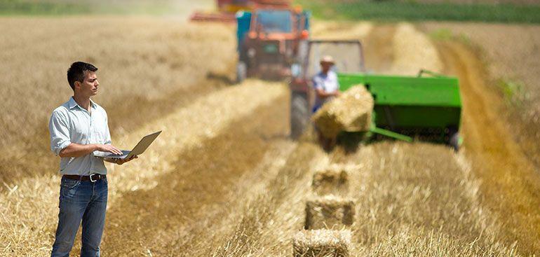 Ποιοι αγρότες υποχρεούνται να ενταχθούν στο κανονικό καθεστώς ΦΠΑ για την αγροτική τους εκμετάλλευση;